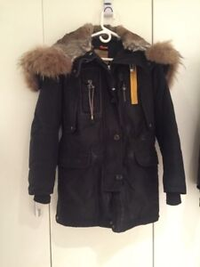 Fall and winter jackets for sale! Négociable!