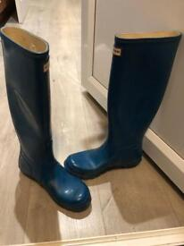 Hunter Wellington Boots Ladies 6