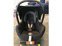 Maxi-Cosi EasyFix Seat Base & CabrioFix