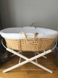 Moses Basket and Stand (mama and papas)