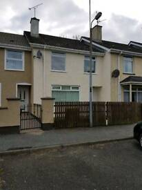 To let 3 bed Feeny Village