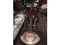 Vibrate twist plate £25
