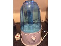 PureAire Ultrasonic Humidifier with 3 litre tank, White.Blue
