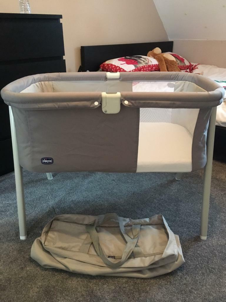 Baby cribs liverpool - Chicco Lullago Crib