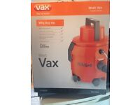 VAX V-020TP Carpet Cleaner. BNIB