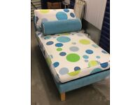 Children's Daybed Expands to Make Single Bed (90cmx40cmx150cm - extends to 180cm)