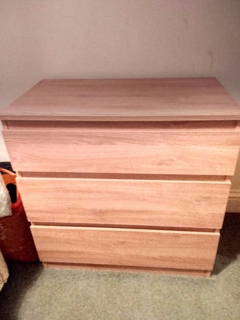 *BARGAIN* - 2 x Chest of drawers - £40