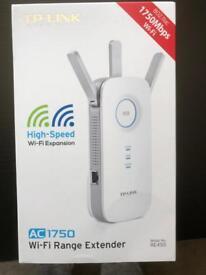Tp WiFi range extender ac1750