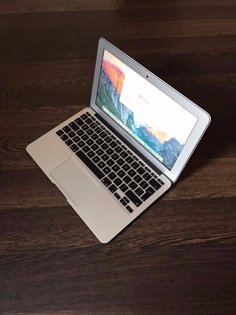 """Apple MacBook Air 11"""" Early 2015 i5 4GB Ram 120 GB Mint Condition Can Deliverin Coventry, West MidlandsGumtree - Apple MacBook Early 2015 11"""" Screen Intel i5 120 GB Flash Storage 4GB Ram Intel HD Graphics 6000 1536 MB CheckMend And Police Report Carried Out Excellent Condition Apple MacBook Air 11"""" Early 2015 . Comes With Original Charger . Great For All..."""