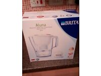 Brand New Aluna Brita Water Filter & Pack of 3 Cartridges For Sale