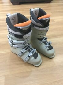 Ladies Ski Boots - Size UK 6.5