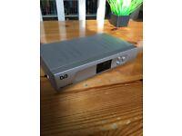 SAT TV DE-CODER BOX & CABLES