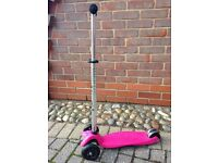 MAXI MICRO SCOOTER IN FAB CONDITION