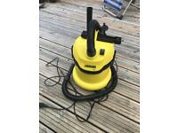 Karcher WD2 wet and dry cleaner
