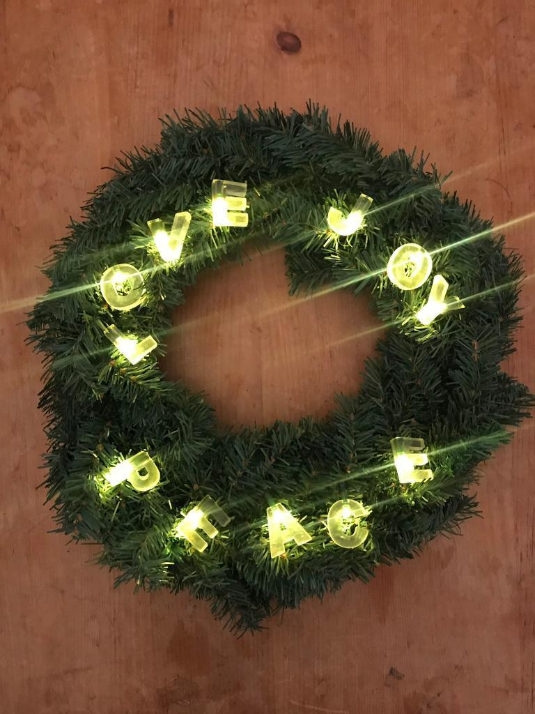 Led Light Up Christmas Wreath