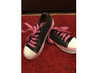 Heelys Pink, Black and White