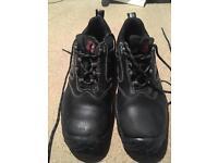 Steel toe cap boots size 9 - cofra