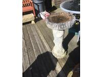 VINTAGE VERY HEAVY GARDEN BIRD BATH - CAN DELIVER