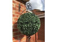 Spanish style hanging basket with Topiary balls X4