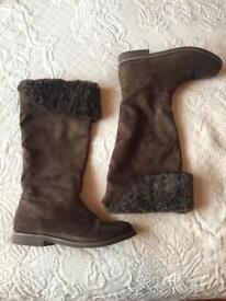 Next girls winter boots (size 3)