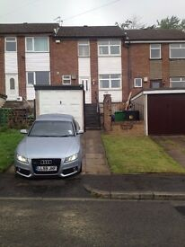 3 Bedroom, 2 Bathroom house with conservatory, Garage and Drive in North Manchester