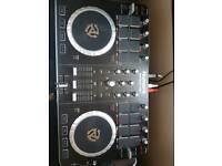DJ Mixtrack Pro 2