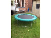 8ft family trampoline giveaway