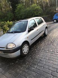 Renault Clio *low miles*