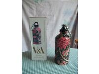Crey print water bottle by William Morris