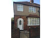 3 Bedroom Semi-detatched house for sale in Central Uxbridge, 2 mins walk to Uxbridge Station / Shops