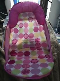 Baby bathing seat