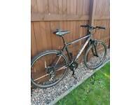MuddyFox Tempo 200 Hybrid Commuter Bike