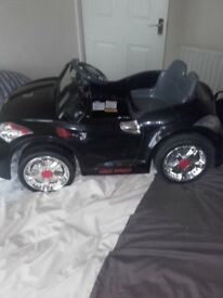 kids elecric car been used once just needs a new battery