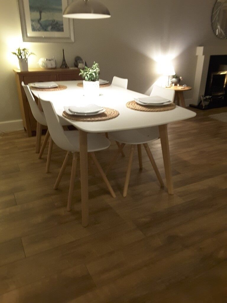 4b235e0b3e1 Dining table and chairs