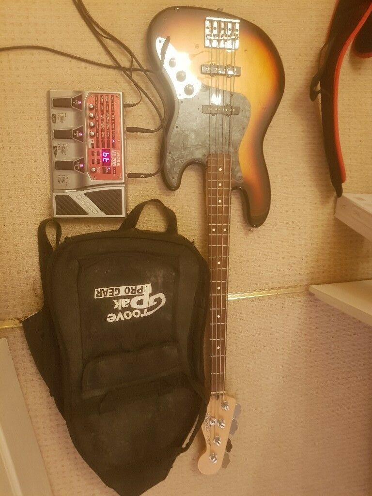 Fender Mexican Jazz Bass with Travel Bag and Boss ME20B Fx Pedal