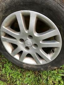 Honda Civic alloy wheel and good tyre