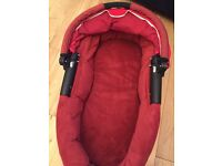 Quinny carrycot -red -can be used with buzz or moodd