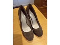 Ladies shoes, size 6. High heeled in suede. Colour is 'mink' or 'taupe'. Very good condition.