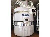 Jack Lalanne power juicer - RARELY USED