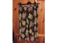 size 8 long floral shorts - next