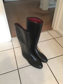 Boots unisex wellie type boots size 8 black LOVESON COLT USED made in CZECHOSLOVAKIA