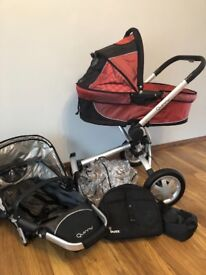 Quinny Buzz pushchair, carry cot and accessories