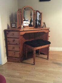 Pine corner dressing table.