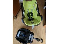 Maxi-cosi car seat 0-12 months with isofix and newborn insert GWO