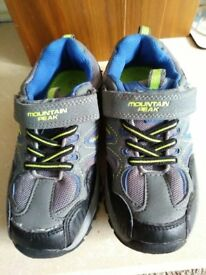 Mountain Peak Children's Walking Shoes