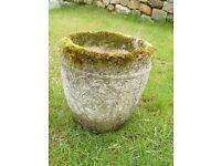 Vintage Elegant Cast Stone Garden Planter Garden Pot with Moss Rim