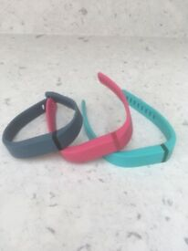Genuine replacement Fitbit bracelet (not actual Fitbit)