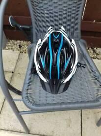 Mens cycle helmets
