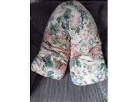 V shape back pillow