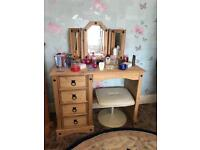 Mexican pine dressing table and mirror